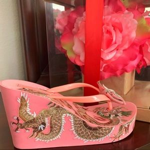 BeBe thong wedge sandals size 9